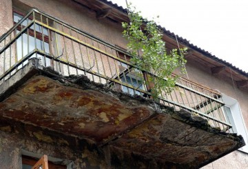 Куда обращаться если балкон в аварийном состоянии