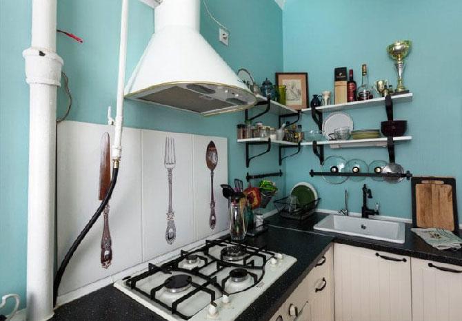 Как спрятать трубы на кухне: декор газовых и вытяжных изделий ... | 466x670