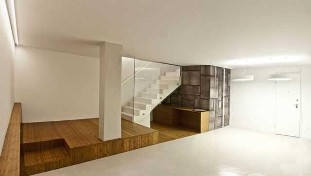 Чем лучше отделать подвал в частном доме