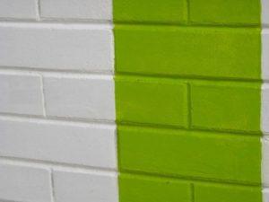 Чем покрасить кирпич внутри помещения