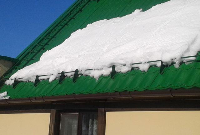 Снегозадержатели на крышу своими руками