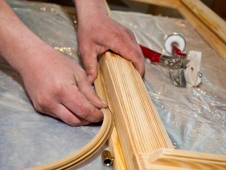 Чем утеплить окно деревянной рамой
