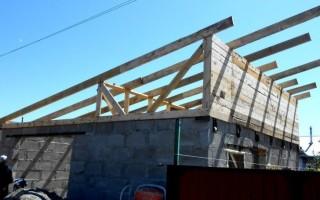 Установка стропил односкатной крыши