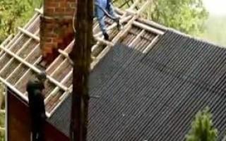 Как выровнять обрешетку на крыше