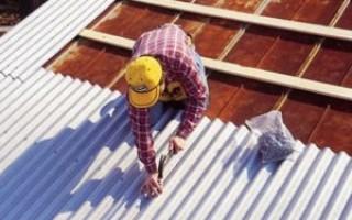 Установка профнастила на крышу своими руками