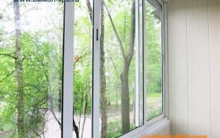Стоимость обшить балкон пластиковыми панелями