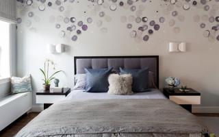Чем лучше отделать стены в спальне