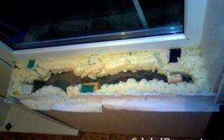 Как снять подоконник с пластикового окна