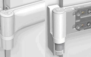 Как снять ПВХ дверь с петель