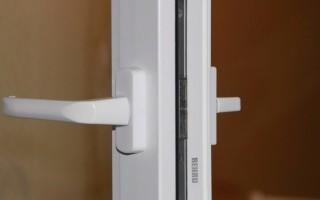 Как прикрутить ручку к пластиковой двери