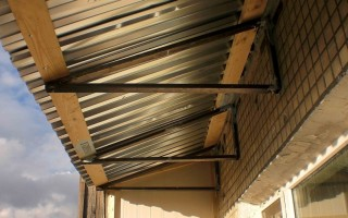 Замена крыши на балконе последнего этажа
