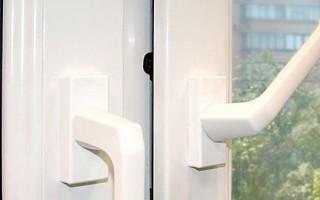 Как отремонтировать пластиковое окно на проветривание