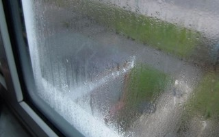 Как избавиться от запотевания пластиковых окон