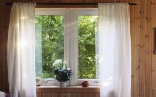 Чем обработать пластиковые окна от запотевания