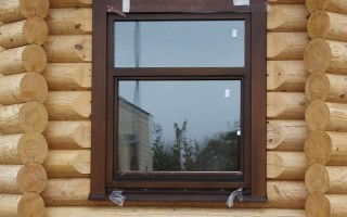 Как крепить пластиковое окно в деревянном доме