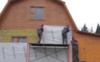Как крепить утеплитель к деревянной стене