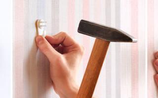 Как повесить часы на стену без сверления