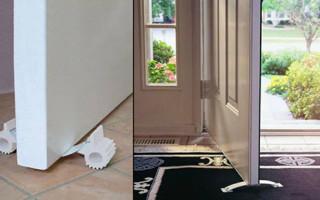 Как зафиксировать дверь в открытом положении