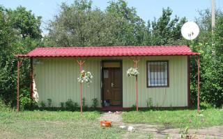 Дом из двух бытовок под одной крышей