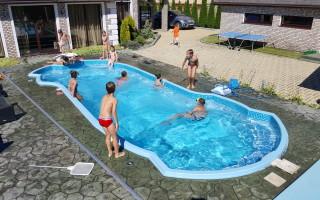 Какой бассейн лучше купить для дачи?