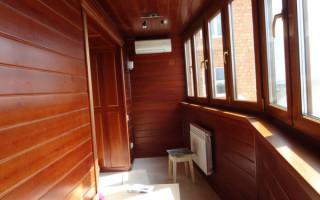 Как зашить балкон вагонкой